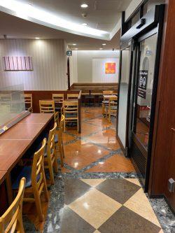 ドトール・コーヒーショップ 大岡山店の新通路
